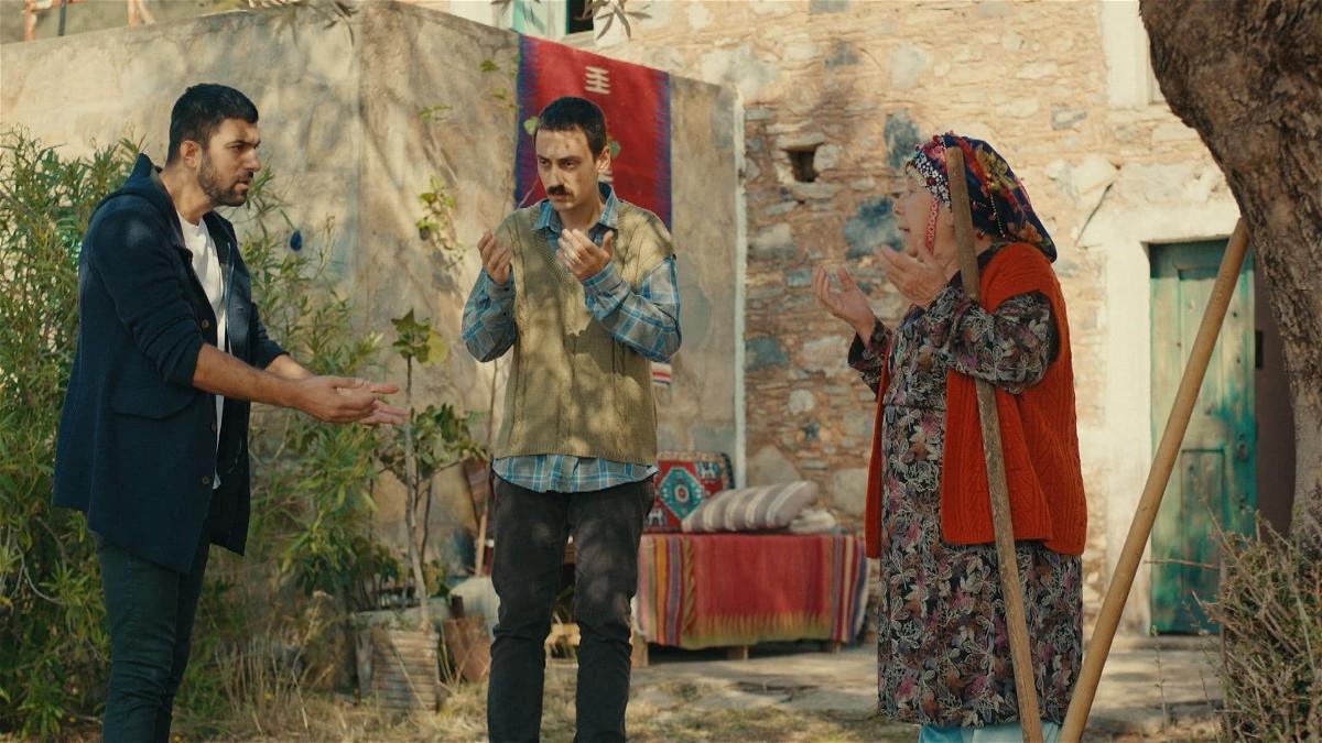 ابنة السفير 2 الحلقة 32