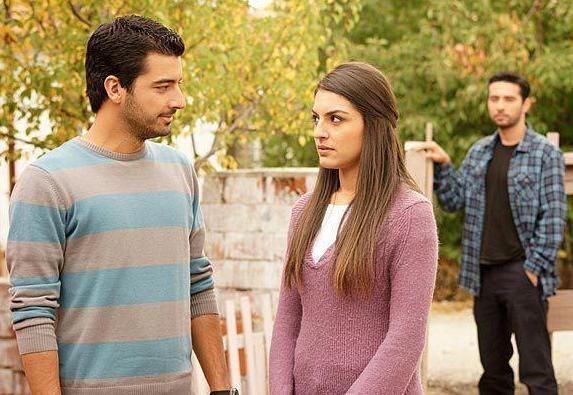 مشاهدة مسلسل التركي سامحيني الحلقة 93 الثالثة التسعون كاملة اون لاين مباشرة بجودة عالية على العرب بدون تحميل