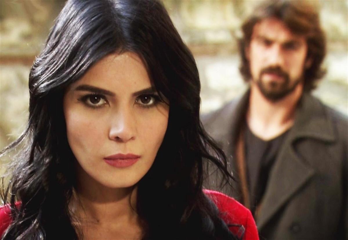 مشاهدة مسلسل عائلة كاراداغ الحلقة 54 الرابعة والخمسون مدبلجة كاملة 2013 اون لاين مباشرة كواليتي عالية على العرب بدون تحميل