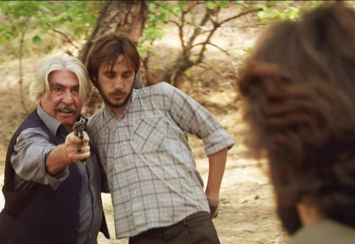 مشاهدة مسلسل عائلة كاراداغ الحلقة 77 السابعة والسبعون مدبلجة كاملة 2013 اون لاين مباشرة كواليتي عالية على العرب بدون تحميل