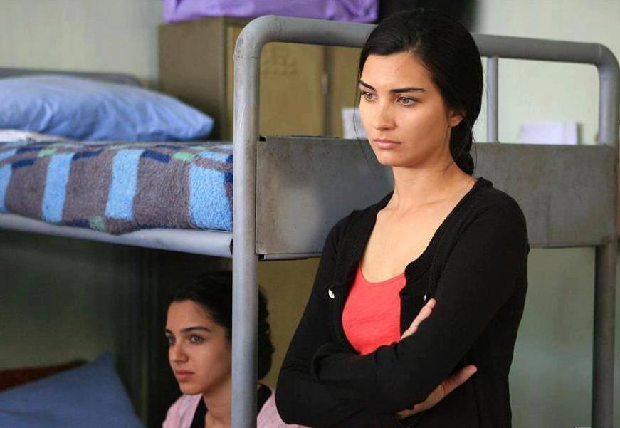 مشاهدة مسلسل عشرون دقيقة الحلقة 21 الحادية والعشرون مترجمة للعربية كاملة 2013 اون لاين مباشرة كواليتي عالية على العرب بدون تحميل