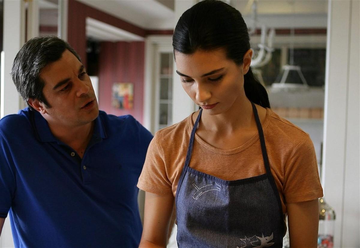 مشاهدة مسلسل عشرون دقيقة الحلقة 23 الثالثة والعشرون مترجمة للعربية كاملة 2013 اون لاين مباشرة كواليتي عالية على العرب بدون تحميل