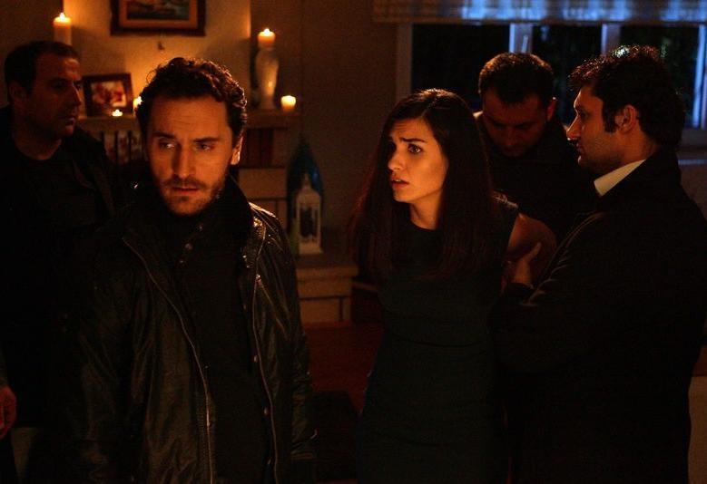 مشاهدة مسلسل عشرون دقيقة  الحلقة 1 الحلقة الاولى مترجة  كاملة 2013 اون لاين مباشرة كواليتي عالية على العرب بدون تحميل