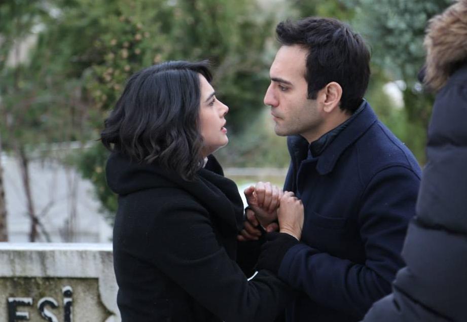 مشاهدة مسلسل قصة قديمة Eski Hikaye  الحلقة 9 التاسعة كاملة اون لاين مباشرة على العرب بدون تحميل