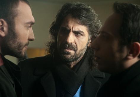 مشاهدة مسلسل وادي الذئاب الجزء 7 السابع الحلقة 46 السادسة والاربعون مدبلج بالعربية كاملة اون لاين مباشرة بجودة عالية بدون تحميل