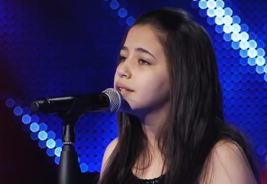 فرح الموجي - من حبي فيك يا جاري برنامج The voice Kids مواهب غنائية للاطفال اونلاين 2016