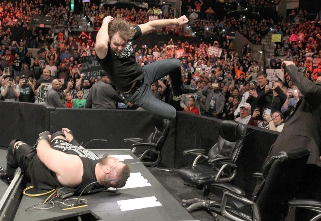 مصارعة WWE Smackdown مترجمة 08/02 كاملة اونلاين 2016