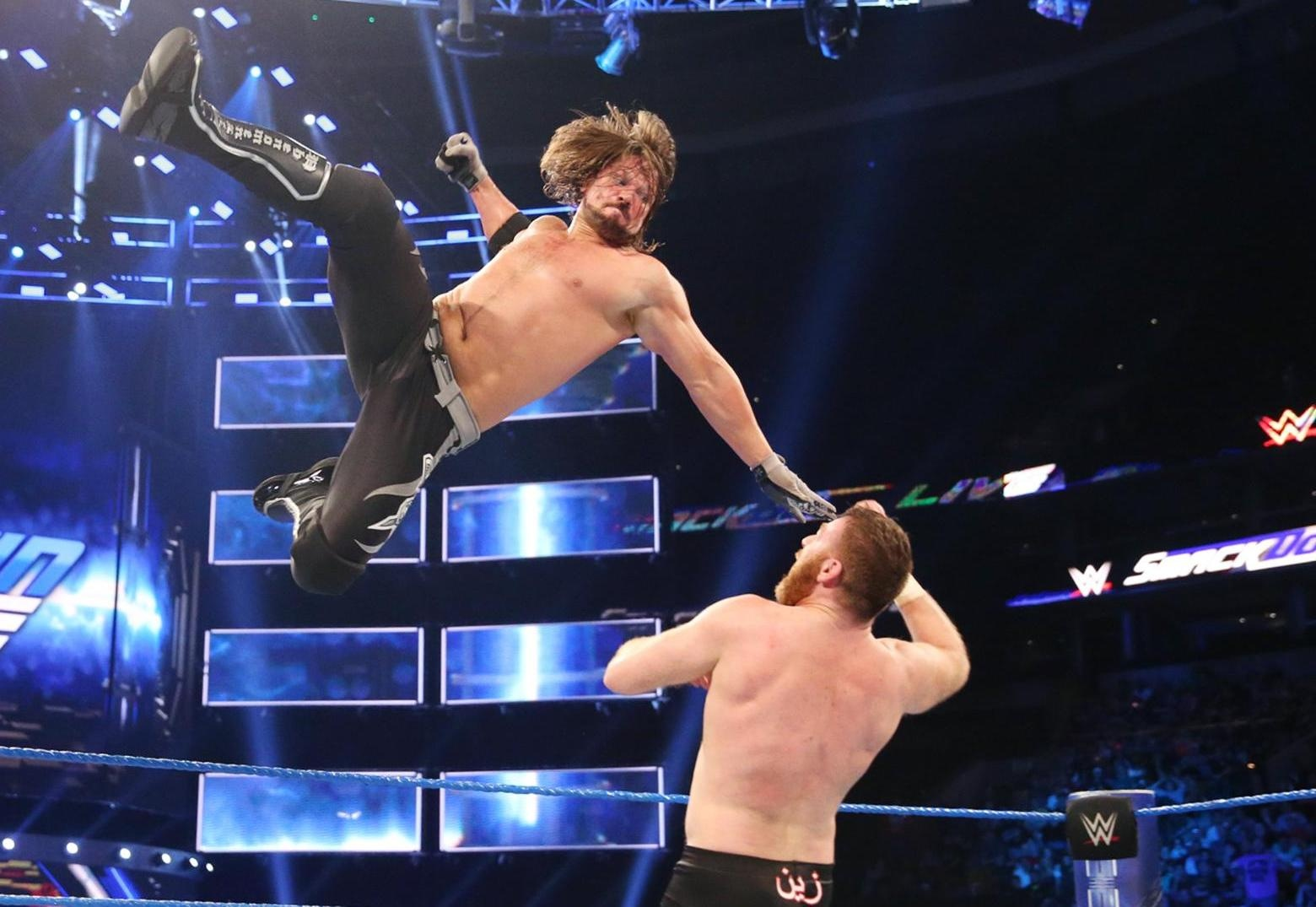 WWE SmackDown LIVE results, April 11, 2017 عرض مصارعة مترجم