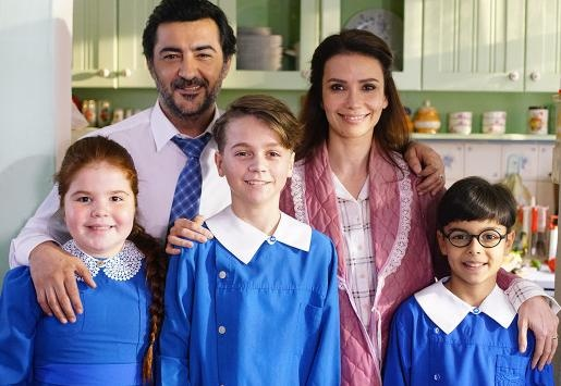 حكاية عائلة الحلقة 3 مترجمة HD