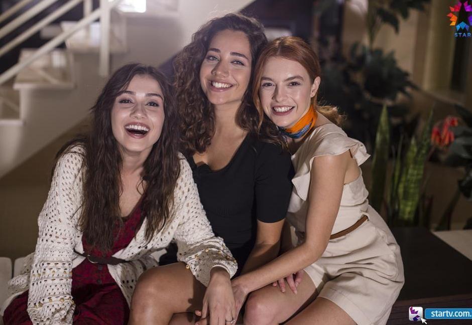 الماضي العزيز الحلقة 2 مترجمة HD انتاج 2019